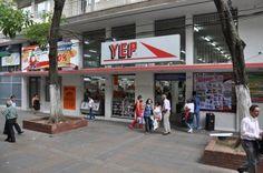 Nosotros no estamos en venta, aseguró el Gerente General de Almacenes Yep Juan Carlos Lopera Yepes.
