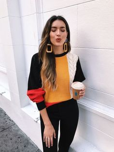 Color blocked sweater with black jeans and gold earrings Visit Daily Dress Me at for more inspiration womens fashion 2018 fall fashion casual outfits school fashion women. Mode Outfits, Fall Outfits, Casual Outfits, Fashion Outfits, Fashion Clothes, Outfits Otoño, Woman Outfits, Jeans Fashion, Fashion Mode