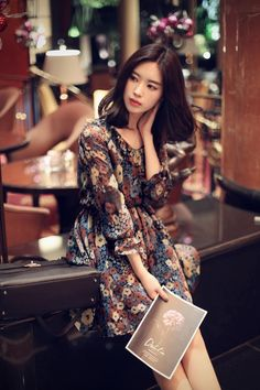 2016 daily feminine& classy look Korea Fashion, Asian Fashion, Girl Fashion, Asian Woman, Asian Girl, Asian Beauty, Korean Beauty, Yoon Sun Young, Beautiful Girl Image