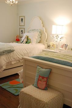 South Shore Decorating Blog: My Top 20 For Tuesday (Simply Gorgeous Rooms)pretty headboard