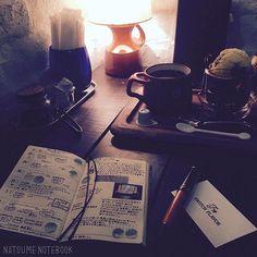 旭川の夜カフェ「switch flavor」(@switchflavor)がとても素敵でインスタをフォローしてるのですが、お店で手帳を広げていたら私に気づいてくださって、今夜はナツメノートの夏目としてご挨拶できて、照れました(笑)  #旭川#switchflavor #夜カフェ#フォンダンショコラ#コーヒー#coffee#カフェ#cafe#パリ街#能率手帳#能率手帳ゴールド#手帳#ノート#文房具#万年筆#デルタ#ドルチェビータ #ドルチェビータスリム #マスキングテープ#マステ#モノトーン