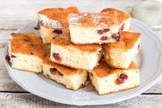 Alj nélküli áfonyás túrós süti   Életem ételei Something Sweet, I Foods, Cornbread, Tiramisu, French Toast, Cooking, Breakfast, Ethnic Recipes, Cakes