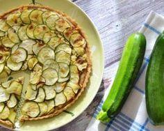 Quiche en feuilleté de brick aux courgettes et camembert light : http://www.fourchette-et-bikini.fr/recettes/recettes-minceur/quiche-en-feuillete-de-brick-aux-courgettes-et-camembert-light.html