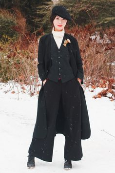 "magistrate-of-mediocrity: "" the-butcher-bird: "" A bunch of Ouji/Boy Style & Lady Dandy for "" Oh my goodness. I need all these outfits right now. "" Very dapper, more than a bit Nounpunk,. Estilo Dandy, Steampunk, Dandy Style, Costume, New Wardrobe, New Girl, Suits For Women, Girl Crushes, Boy Fashion"