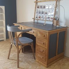The office of mistress Sophie 😥 - New Deko Sites Upcycled Furniture, Furniture, Furniture Makeover, Home Decor Fabric, Home, Recycled Furniture, Home Deco, Functional Furniture, Home Decor