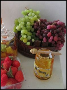 Fruits - Honey Miniatures http://ivanigrande.blogspot.com.br/ https://www.etsy.com/pt/shop/MiniaturaBrasileira