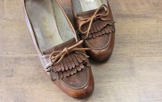 vintage leather and suede fringe shoes / by PaintYourWagonShop