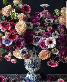 Modern Chic Flowers Color Palette Home Design Inspo Bouquet