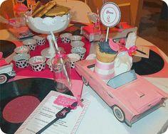 Pink Elvis Christmas Party Table Settings #elvis #tablesettings