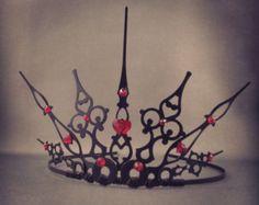 Gothique cuori - filigrana gotico regina di cuori Costume Tiara - su ordinazione