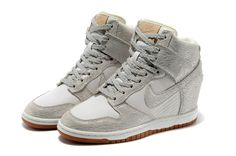 13c0d62b9c1b Nike Dunk Sky High Women Heighten gray for sale