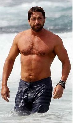 Gerard Butler-My kind of Guy. Have mercy!
