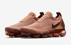 50d1fdea9f7c7 The Nike Air VaporMax Moc 2 Terra Blush (Style Code  comes dressed in Terra  Blush Black-Red Sepia-Yellow Ochre releasing in women s sizing.