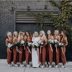 We're suckers for nontraditional bridesmaid style, so it's no surprise these burnt orange jumpers from today's minimalist wedding ran away… Wedding Trends, Boho Wedding, Fall Wedding, Dream Wedding, Luxury Wedding, Wedding Goals, Wedding Planning, Wedding Bridesmaids, Wedding Dresses
