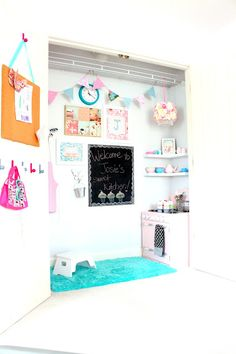 What a great idea- turned a closet into a kitchen play area!