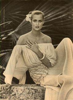 Fashion shoots / Editorial.   Lauren Hutton, 1970s.