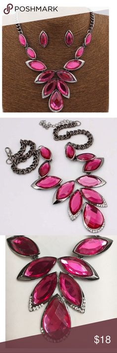"NEW! Fashion Statement Necklace Set This is a gorgeous hot pink, fuchsia necklace and earring set! Details: Made of zinc alloy and crystals, Chain length approx 29"", pendant size 2.5"" x 0.8"" w/ 2"" extender; NEW with tags. Perfect Christmas, Birthday gift and to be worn on any occasion such as wedding, prom, Mother's Day, bridal, engagement events Fashion Necklace Jewelry Necklaces"