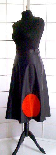 UNIKAT-von-DOYOULIKEITTOO-LEDERJACKE-GURTEL-ROCK-schwarz-rot-Groesse-36-38