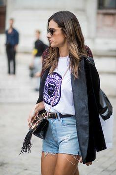 Alessandra Ambrosio à la Fashion Week printemps-été 2018 à Paris