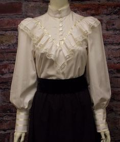 Ladies Gibson Girl Victoian Beautiful vintage inspired b… Ladies Gibson Girl Victoian Beautiful vintage inspired blouse. Our newest addition to our Victorian Blouse collection. Available in White and Ivory and. Victorian Style Clothing, Victorian Blouse, Blouse Vintage, Victorian Outfits, Victorian Ladies, Vintage Clothing Styles, Victorian London, Victorian Costume, Clothing Sets
