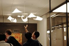 LG OLED light | Customers from Around the World Visiting LG OLED light Showroom