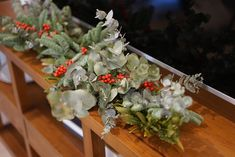 Cómo hacer una guirnalda de navidad natural / Me and the City Navidad Natural, Floral Wreath, Wreaths, Christmas, Home Decor, House Decorations, Craft Videos, How To Make, Flowers
