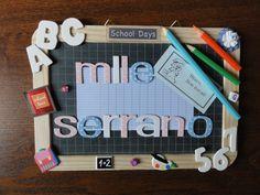 Cadeau de fin d'année pour une maîtresse Scrapbooking, Diy Scrapbook, School Days, Teacher Gifts, Book Art, Diy And Crafts, Creations, Classroom, Invitations