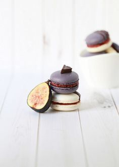 ... roasted fig and vanilla bean jam french macarons ...