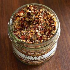 Garlic, sun-dried tomato, California chili, cayenne pepper flakes, onion, sea salt, basil, oregano, rosemary, thyme, black pepper.