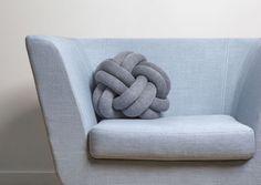 Coussin Knot Gris foncé - Design House Stockholm
