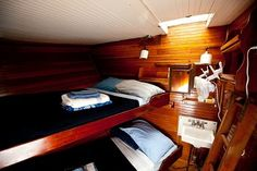 Boston Hostel - Liberty Fleet of Tall Ships| cabin accommodations starting at $55/night, continental breakfast included!   #LibertyFleet #BedandBreakfast #Boston #hostel #tallships #boathostel #cabins
