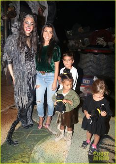 Kourtney Kardashian Takes Her Kids & North West To See 'Cats' on Broadway…