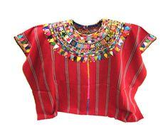 El Huipil expresión de la cultura ancestral en Guatemala En Guatemala el huipil es una prenda de vestir que va con las tradiciones y costumbres que aún existen en la cultura ancestral maya. ...