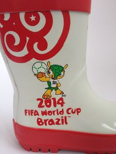 #England Kid's #RainBoot! #2014WorldCup. #shoes #soccer #futbol #football  #WorldCupBrazil #fun #english #fuleco #red #white #kids #fashion #style