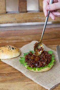 Bacon Jam Bacon Jam Burger, Salmon Burgers, Baked Potato, Hamburger, Sandwiches, Beef, Baking, Ethnic Recipes, Food