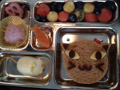 Cat, mouse and yarn bento