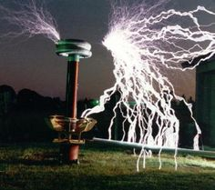 Tesla Coil, a fine example!