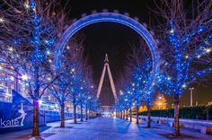 London at Christmas Go Around, London Eye, Photo Story, Fair Grounds, Around The Worlds, City, Travelling, Merry Christmas, Image