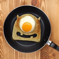 Wanna get your kids moving fast in the morning?  Tell them they're going to have some eye scream for breakfast.  Then watch them shrill with laughter when they realize how punny you are.  The eggspression on their faces will be priceless!  Our freaking awesome Egg Monster Toast Cutter makes breakfast scary-good!  This fun little gadget (scare assistant) forms a perfectly-shaped toast frame, just the right size to fry up an egg!  Poke 'em right in the eye, if you have the guts!  Each cutter…