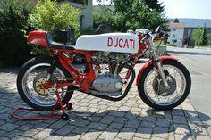 Ducati 350 von Christian by Norton 82