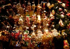 At the end of each year, Düsseldorf's Christmas Market, one of the most beautiful Christmas markets in Germany, casts a spell on Düsseldorf's city centre and turns it into a unique experience for visitors. Christmas Markets Germany, German Christmas Markets, Christmas Travel, Merry Christmas, Weekend Deals, I Want To Travel, Photo Essay, Wonderful Things, Beautiful Christmas