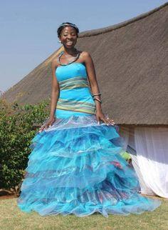 Wedding Designs Venda Traditional Attire, Traditional Wedding Attire, African Wear, African Dress, African Fashion, Women's Fashion, Chic Wedding, Wedding Gowns, African Wedding Dress