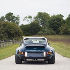 • The perfect As*. Porsche Carrera •                                                                                                                                                      More