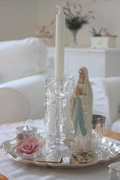 The Holy Mother. This is a pretty arrangement. Home Altar Catholic, Catholic Prayers, Catholic Churches, Roman Catholic, Blessed Mother Mary, Blessed Virgin Mary, Prayer Corner, Prayer Garden, Holy Mary