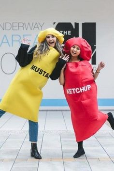 Mustard And Ketchup Halloween Costumes Hot or scary best frie. - Mustard And Ketchup Halloween Costumes Hot or scary best friend Halloween costumes can be for 2 and even for 3 people. We have funny and creative ideas. Two People Halloween Costumes, 3 People Costumes, Twin Halloween, Cute Costumes, Costume Ideas, Halloween Ideas, Trendy Halloween, Halloween Zombie, Women Halloween