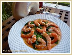 À table !      con Carmen: Ensalada de Langostinos con Tomate y Albahaca