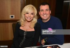 Loni Anderson and her son Quinton Anderson Reynolds at the Spooky Empire Horror Convention at the Hyatt Regency on October 2017 in Orlando, Florida. Burt Reynolds Son, Spooky Empire, Jackie Gleason, Bob Hope, Thanks For The Memories, Mother And Child, In Hollywood, Comedians, Movies And Tv Shows