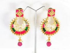 Nice Danglers from Wholesale Costume earrings. Manufacturer and supplier worldwide.