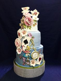 Down the Rabbit Hole - Cake by Mucchio di Bella