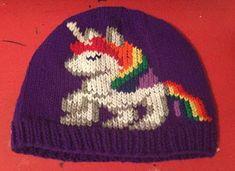 NL crafts: unicorn hat Unicorn Hat, Angel Ornaments, Beanie, Purple, Hats, Red, Color, Hat, Colour